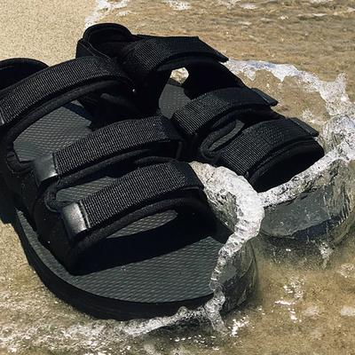 tomonari 涼鞋