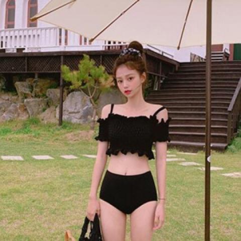 chuu 泳衣