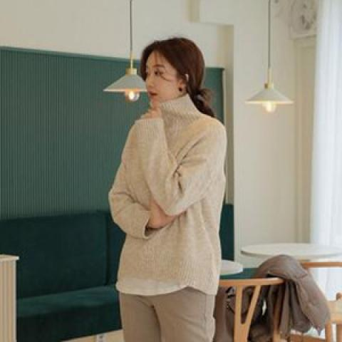 roompacker 針織衫