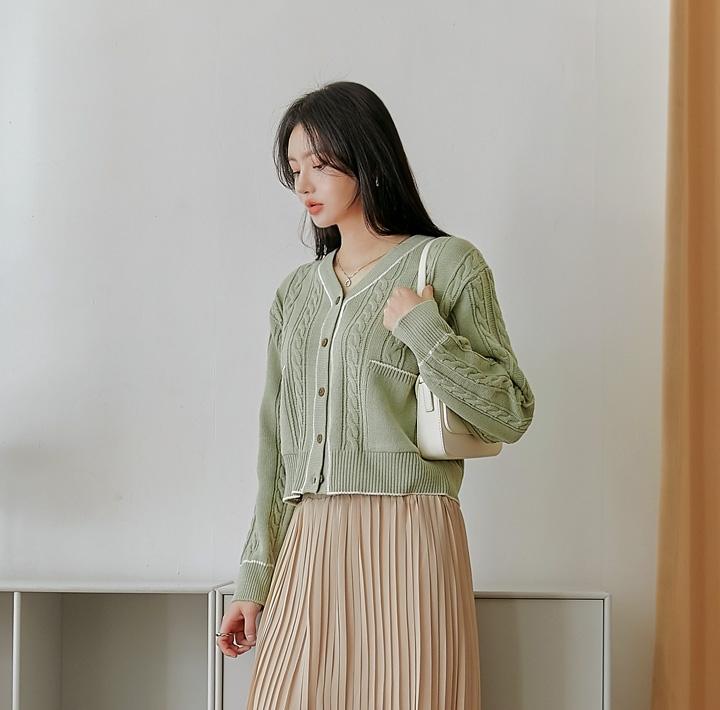common unique 開襟衫