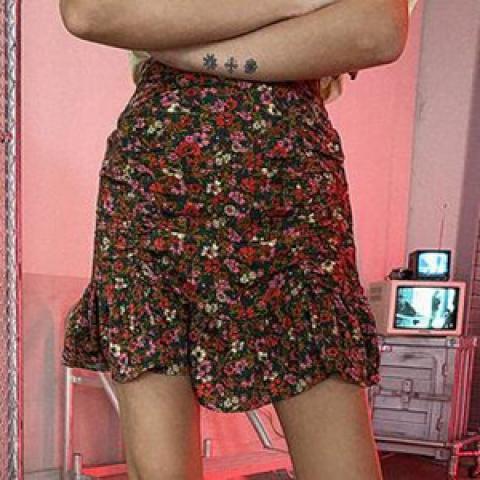 lagirl 短裙