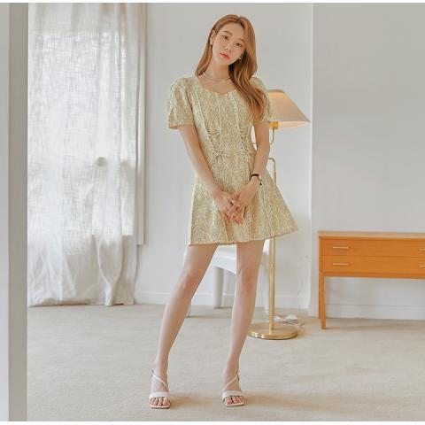 common unique 連身裙