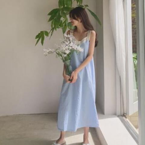 韓國新品﹗格仔花邊吊帶連身裙