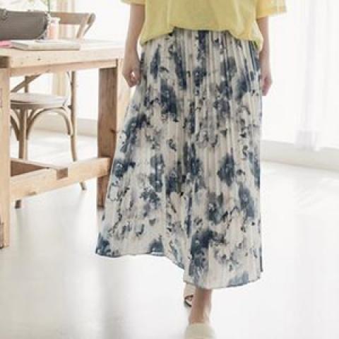 韓國新品﹗水彩印花半腰裙