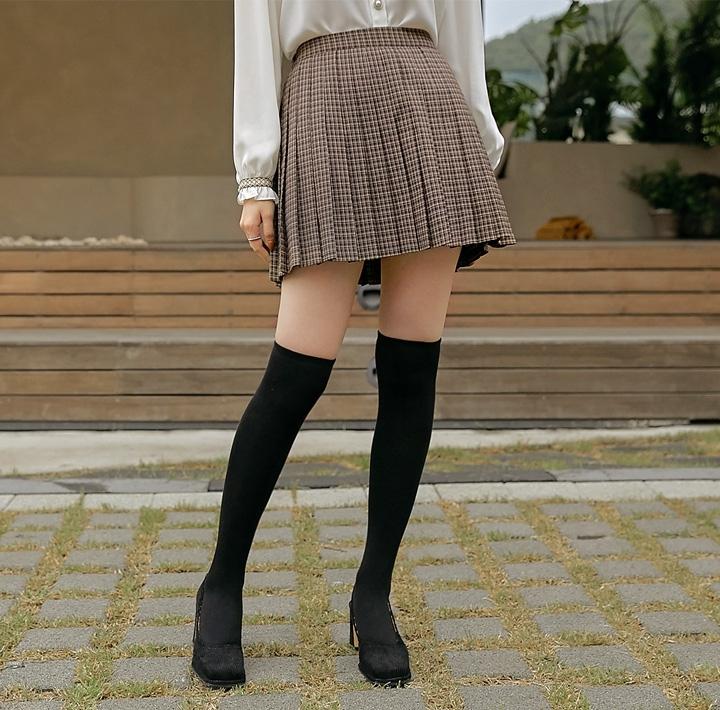common unique 短裙